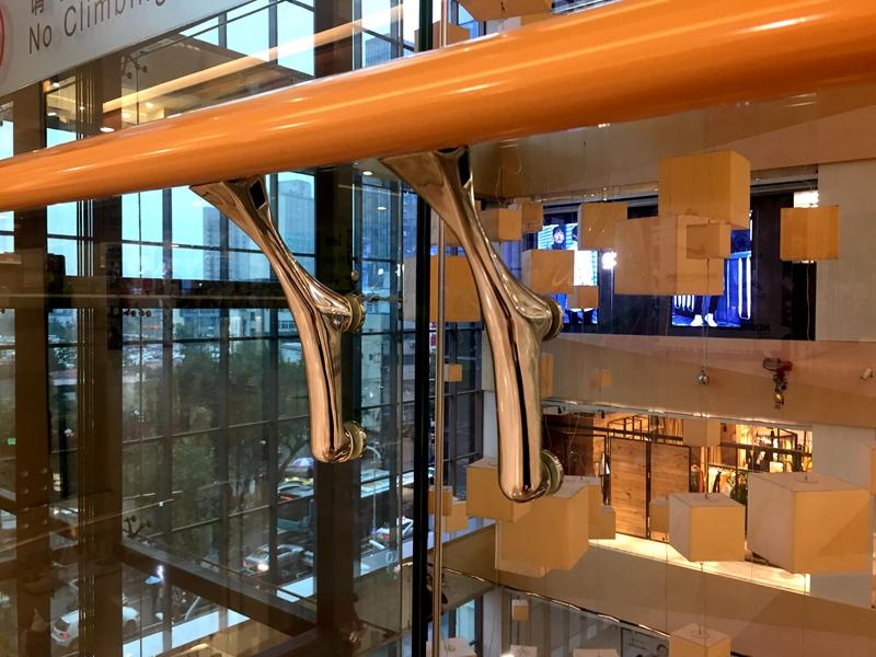 stainless-steel-handrail-bracket-6638
